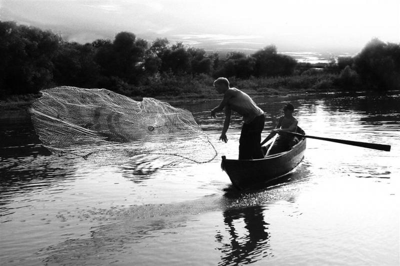 Bognár Róbert::Adobóhálós halász