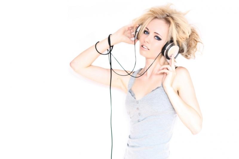 Farkas Máté::Feel the music